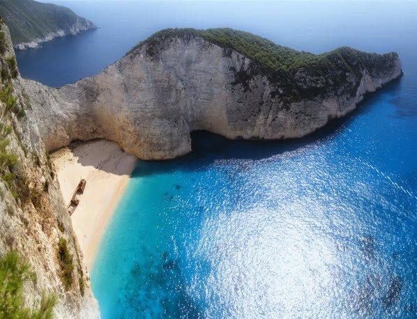 Naufragios y turismo de masas navegando por grecia for Oficina de turismo de grecia